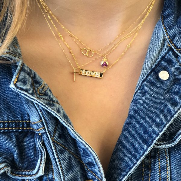 necklace41361person1